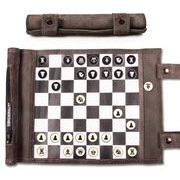 Jeu d'échecs de voyage en cuir (Sondergut)